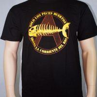 solo los peces muertos